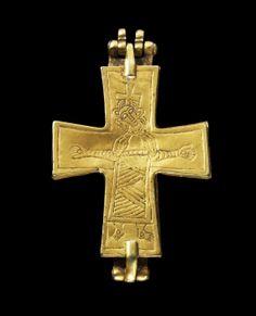 Gold cross Europe, 12th century.