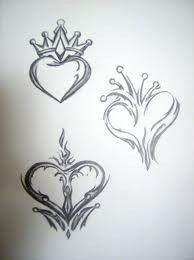 Queen of Hearts Tattoo- top one! Queen Of Hearts Card, Queen Of Hearts Tattoo, Queen Tattoo, Kunst Tattoos, Body Art Tattoos, Tribal Tattoos, Tatoos, Crown Tattoos, Tattoo Sketches