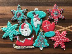 My vintage themed Christmas cookie set ❄️☃️. #vintage #vintagechristmas #retrocolors