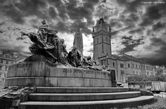 jan_hus_memorial Jan Hus, Statue Of Liberty, Raising, Archive, Fire, Memories, Travel, Statue Of Liberty Facts, Memoirs