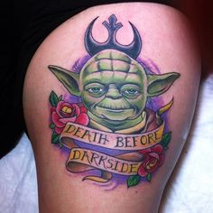Most Memorable Star Wars Tattoo War Tattoo, Star Wars Tattoo, Darth Vader Tattoo, Star Wars Film, Badass Tattoos, Star Wars Characters, Body Mods, Small Tattoos, Tatting