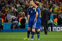Solidarios dentro y fuera de la cancha: Messi y Mascherano donaron dinero al Hospital Garrahan - Yahoo Deportes