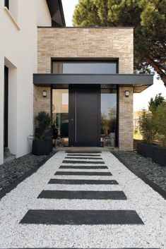 Modern Entrance Door, Entrance Design, House Entrance, Door Design, Entrance Doors, Modern Front Door, Dream Home Design, Modern House Design, Modern House Facades