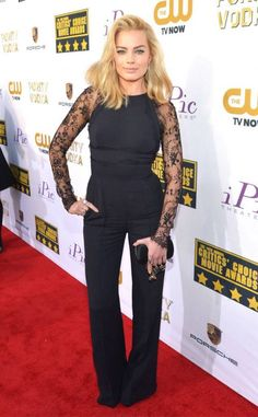 Margot Robbie in a Elie Saab jumpsuit at the 2014 Critics' Choice Movie Awards Critics Choice, Margot Robbie, Celebs, Celebrities, All About Fashion, Lace Sleeves, Star Fashion, Chic Outfits, Style Icons