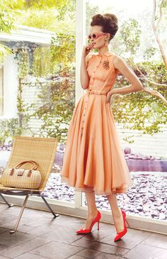 Gorgeous Peach Dress - Vintage Style