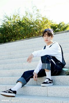 Stray Kids - I.N photoshoot by Naver x Dispatch. Jooheon, Lee Min Ho, Sung Lee, Korean Boy, Korean Style, Felix Stray Kids, Shared Folder, Wattpad, Herren Outfit