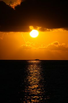 Sunset in Maldives by hancheng.tan on Flickr.
