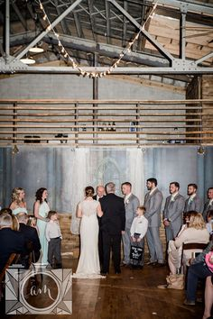 Ceremony pictures at The Standard in downtown Knoxville by Amanda May Photos