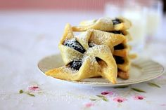 Joulutorttu – Finnish Christmas Jam Tarts Recipe on Yummly. Christmas Jam, Christmas Desserts, Christmas Baking, Family Christmas, Christmas Cookies, Xmas, Tart Recipes, Dessert Recipes, Cookie Recipes