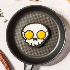 Foremka do jajek, czaszka