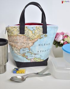 World Map Insulated Lunch Bag