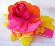 Sweet felt flower pin!