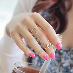 Hot New Fashion Gold Plated Thin Chain Peace Love Charm Crystal Double Finger Ring for Women anelli donna Hand Jewelry, Cute Jewelry, Jewelry Rings, Jewelry Watches, Jewelry Party, Gold Jewellery, Metal Jewelry, Jewlery, Gold Fashion