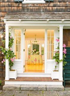Nantucket home entrance