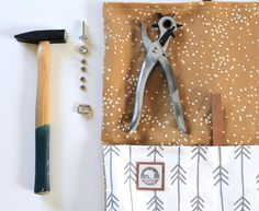 New Snap Shots sewing tutorials pouch Ideas DIY Tutorial Rolltop Rucksack mit Spoonflower Stoff Sewing Hacks, Sewing Tutorials, Sewing Projects, Sewing Patterns, Pouch Tutorial, Diy Tutorial, Diy Backpack, Backpack Pattern, Diy Clothes