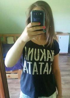 Kup mój przedmiot na #vintedpl http://www.vinted.pl/damska-odziez/koszulki-z-krotkim-rekawem-t-shirty/10090783-czarna-koszulka-z-napisem