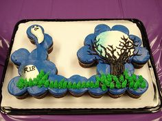 Cake - Ghostly night cupcakes pull-apart
