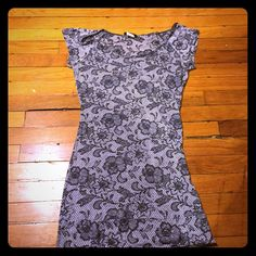 Sz Small T-Shirt Dress With Floral Print