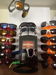 Check out member Karimo's latest Oakley Collection update! Pics: http://www.oakleyforum.com/threads/karimos-collection-update.60814/