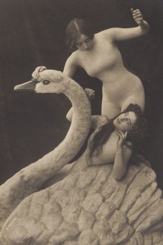 Swan Maidens, circa 1900. Magical Belle Epoque Image