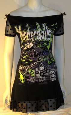 Murderdolls Tshirt Mini Dress CORSET Black Hearts Horror by r3vamp...great DIY model for an oversized tshirt.