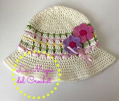Sombrero de niña a Crochet > http://dghlamagiadelcrochet.blogspot.ch/