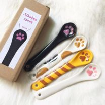 Match+this+cute+pawa+spoon+with+your+cat+paw+ciffee+mug.    Measures:+12+x+2.5+cm