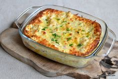 Conopida gratinata reteta de budinca de conopida la cuptor | Savori Urbane Baking Recipes, Keto Recipes, Healthy Recipes, Baked Vegetables, Romanian Food, Saveur, Food Art, Nutella, Macaroni And Cheese