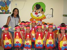 ♥ProfªAnanda♥: Dia do Circo- Variados Vbs Crafts, Diy And Crafts, Circus Theme Classroom, Clown Party, Teaching Math, Paper Art, Projects To Try, Education, Clowns