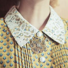 vintage collar with necklace underneath Vintage Girls, Vintage Dresses, Vintage Outfits, Courtney Love, Zooey Deschanel, Retro Fashion, Vintage Fashion, Womens Fashion, Peter Pan Collars
