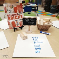 Find play-based sight word activities for your kindergarten classroom. These hands-on literacy centers will reinforce sight word recognition and spelling. Kindergarten Language Arts, Kindergarten Centers, Kindergarten Classroom, Classroom Ideas, Bilingual Kindergarten, Kindergarten Reading, Classroom Resources, Literacy Stations, Literacy Activities