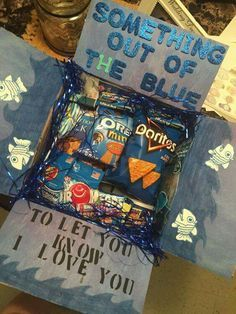 something out of the blue to let you know I love you - sweet care package idea that could work for college kids