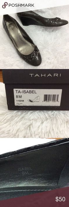 """Tahari Isabel Wedge Pump EUC Beautiful taupe color patent leather upper shines with luxury matched by the chain adornment over the toe. 2"""" heel EUC Tahari Shoes"""