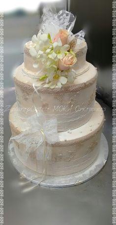 Wedding Cake !!! Wedding Cakes, Desserts, Food, Wedding Gown Cakes, Tailgate Desserts, Deserts, Essen, Cake Wedding, Postres