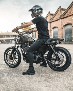 clean Built by We support the tracker and scrambler community and celebrate the. Bonneville Motorcycle, Scrambler Motorcycle, Triumph Bonneville, Motorcycles, Norton Cafe Racer, Triumph Cafe Racer, Bike Pic, Bike Photo, Cafe Racer Girl