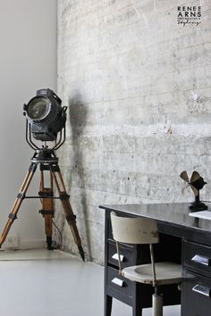 Vintage spotlight © by Renee Arns styling – We collect similar ones – Only/Once – www.onlyonceshop.com