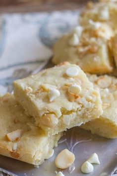 White Chocolate Macadamia Nut Bars | Lovely Little Kitchen