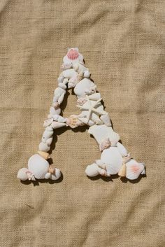 Another project. Now i know what to do with so of the shells. A large letter K coming my way.