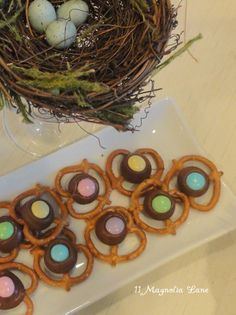 Easter pretzel kisses recipe from 11 Magnolia Lane
