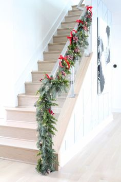 Looking for modern Christmas inspiration? Check out this stunning home decorated for the holidays with rich reds, golds, and silvers. You will find mantle decor, front porch Christmas decor, banister decor and Christmas trees as well. #christmas #holidaydecorating #bhghowiholiday #holidayinspo #christmasdecor #holidayhometour Christmas Staircase Decor, Silver Christmas Decorations, Modern Christmas Decor, Thanksgiving Decorations, Christmas Home, Christmas Crafts, Christmas Ornaments, Holiday Decor, Decorating Banisters For Christmas