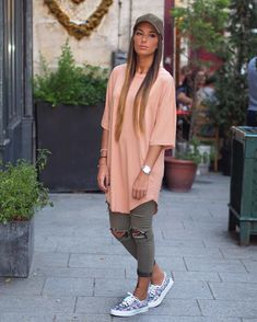 # Casual Outfits sporty tomboys 20 Must-Try Tomboy Outfits in 2020 Androgynous Fashion, Tomboy Fashion, Suit Fashion, Girl Fashion, Womens Fashion, Cute Tomboy Outfits, Mode Outfits, Chic Outfits, Fashion Outfits
