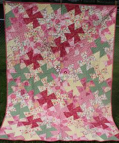 Twin quilt Bedding for girl Pink green white Handmade Twister pattern Twin Quilt, Quilt Bedding, Bed Quilts, Twister Quilts, Long Arm Quilting Machine, Flannel Quilts, Baby Boy Quilts, Quilts For Sale, Pink And Green