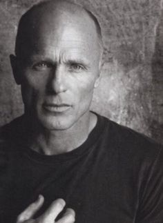 Ed Harris... I LOVE a bald man with blue eyes. Yes he's older but so handsome!!