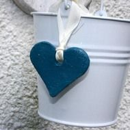 Great wedding favours - clay hearts