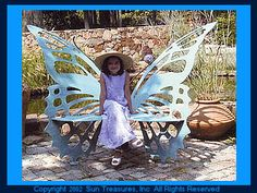 Butterfly bench - It I were a rich woman, I would buy one of these...