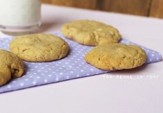 PEANUTBUTTER-WHITE CHOCOLATE CHUNK-COOKIES (deutsches Rezept)
