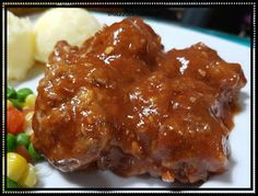 COCA COLA MEATBALLS for the meatballs: 500 grams lean mince steak cup dried breadcrumbs 1 egg medium onion, finely chopp. Snack Recipes, Snacks, Meatball Recipes, Coca Cola, Steak, Yummy Food, Beef, Meals, Dishes