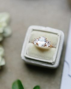 engagement ring idea; photo: Luna De Mare