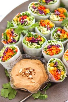 Loaded Veggie Summer Rolls with Cashew Tahini Dip - My Fres. - Loaded Veggie Summer Rolls with Cashew Tahini Dip – vegan + gluten free Healthy Appetizers, Healthy Snacks, Healthy Recipes, Veggie Snacks, Mini Appetizers, Appetizer Recipes, Veggie Food, Vegetarian Food, Vegan Recipes Summer