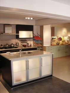 Category: Retail Client: Al-Diar Kitchens Company Area Space: 130 sq. meter Year of completion: 2004 Kitchens, Retail, Space, Home Decor, Floor Space, Shops, Kitchen, Interior Design, Cuisine